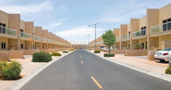 Warsan_Village_Exterior